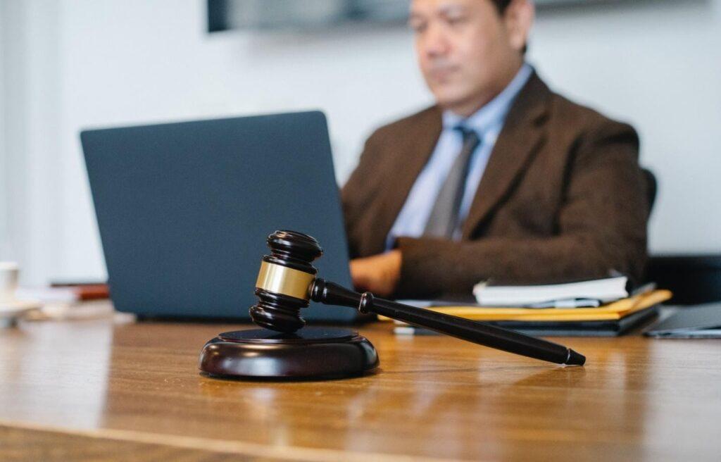 When Should You Hire An Estate Litigation Lawyer?